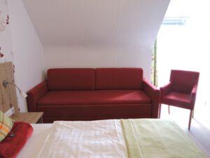 Schlafcouch, Doppelzimmer, Hotel Hessental, zum-hirsch-hotel.de