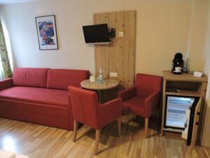 Sitzgruppe Doppelzimmer, Hotel Schwäbisch Hall Hessental, zum-hirsch-hotel.de